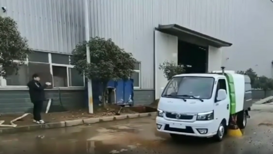 东风途逸2.5方扫路车测试效果视频视频
