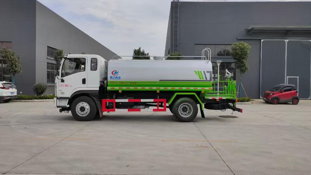國六最便宜的12噸灑水車圖片