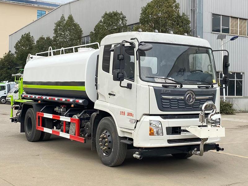 北京通州客户喜提15吨东风天锦洒水车
