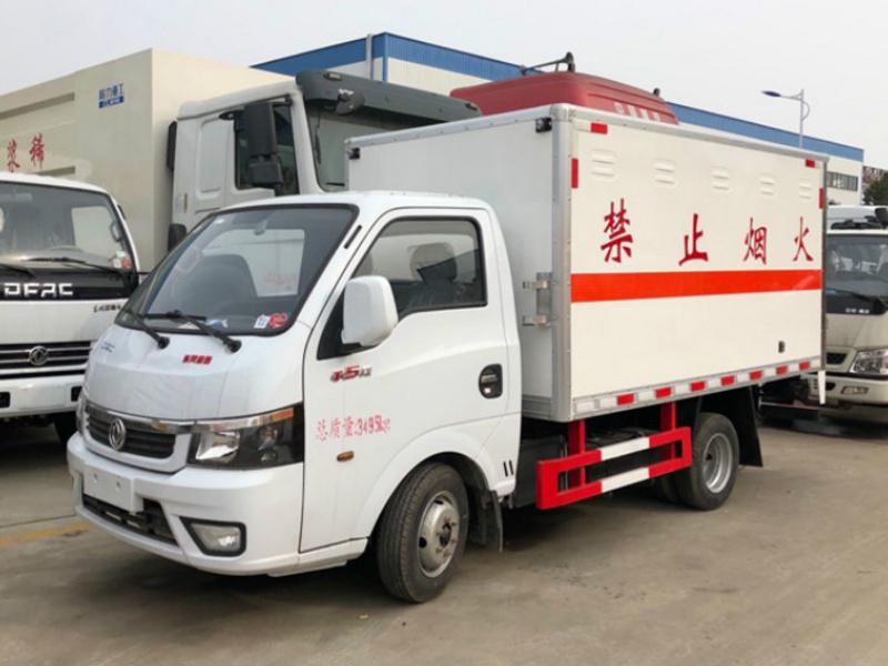 3米东风途逸九类杂项厢式运输车发售