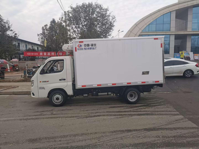 3.2米汽油冷藏车价格图片