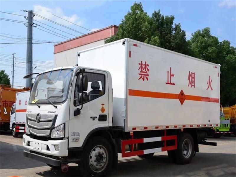欧马可易燃固体运输车卖多少钱一辆