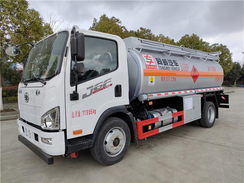 新款热销 国六解放J6F工地流动8吨加油车  全国质保 视频视频