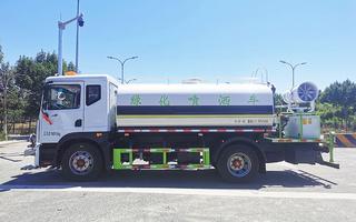 北京东风多利卡D9洒水车(12吨)图片