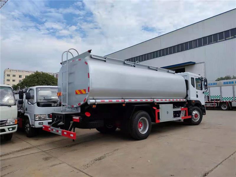国六东风D9大多利卡10吨-15吨供液车可上个人户厂家批发价视频