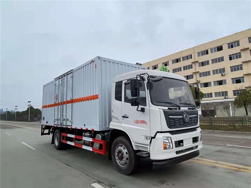 国六东风天锦单桥6.2米-6.8米危险品气瓶车厂家实拍图片图片
