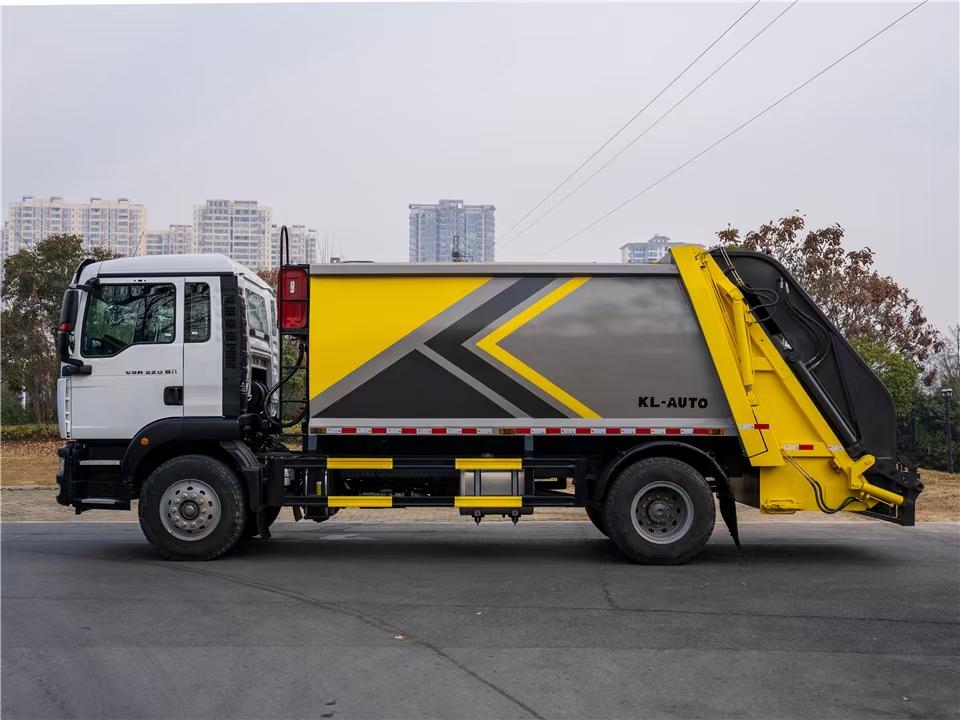 重汽汕德卡14方单桥压缩垃圾车图片