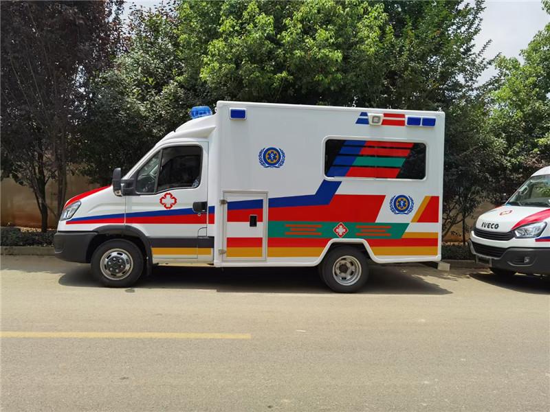 依维柯涉水救护车