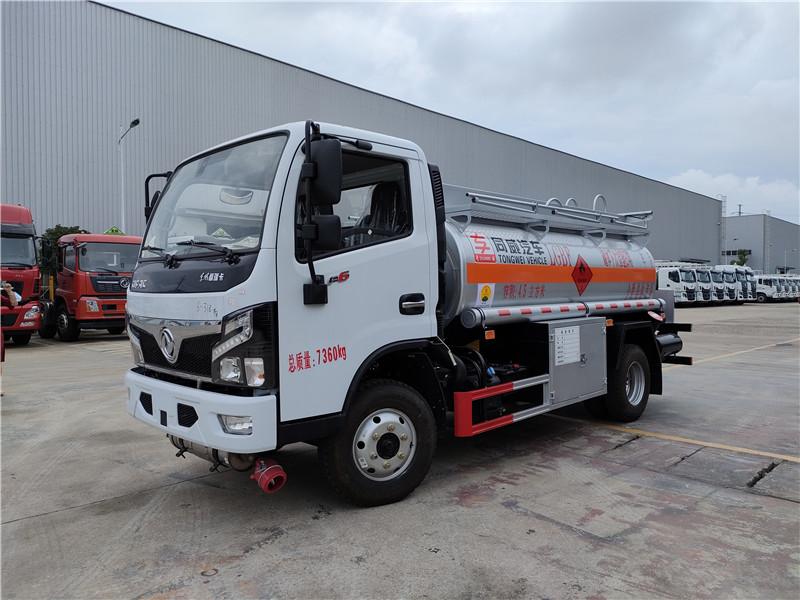 專威牌4噸加油車廠家 國六東風福瑞卡4.5方加油車批發價格視頻