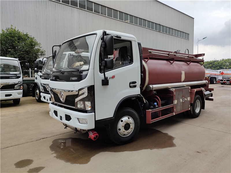 4.5方加油車 國六4噸油罐車危險品柴油運輸車 質優價廉視頻視頻