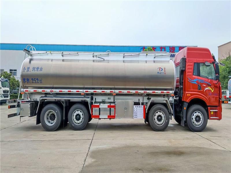 普貨罐式拉潤滑油減水劑凈水劑石灰水泡沫液食用油車圖片圖片