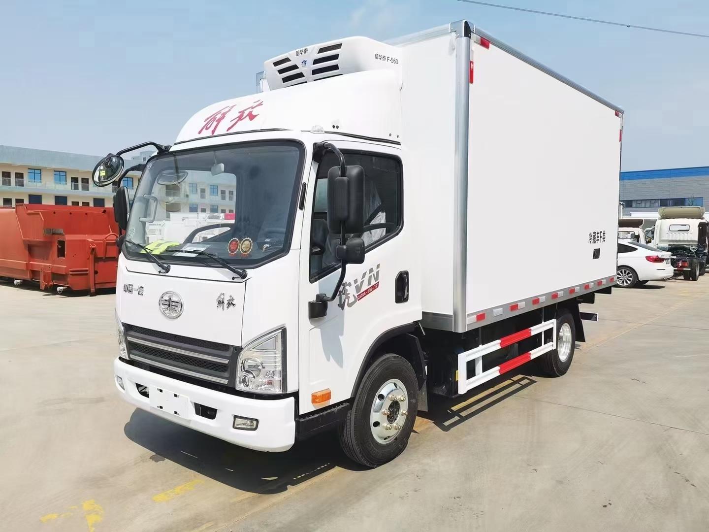 解放云內德威150馬力藍牌冷藏車廠家直銷包送到家送保險圖片