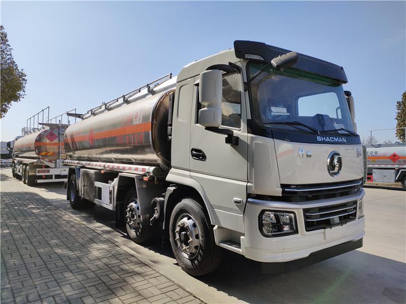 楚勝牌國六18噸陜汽軒德翼6小三軸21方鋁合金運油車圖片