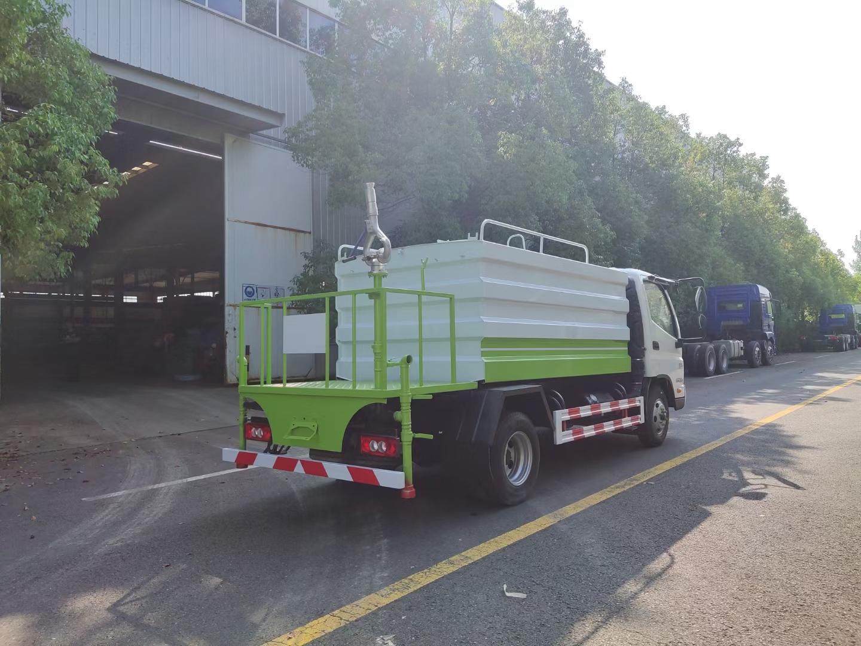國六藍牌福田時代領航7方7噸灑水車可帶霧炮圖片
