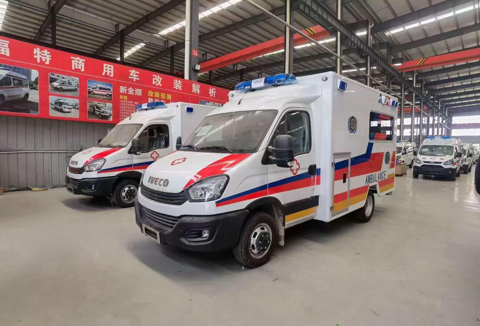 依维柯高端方舱救护车担架负压仓设备齐全图片图片