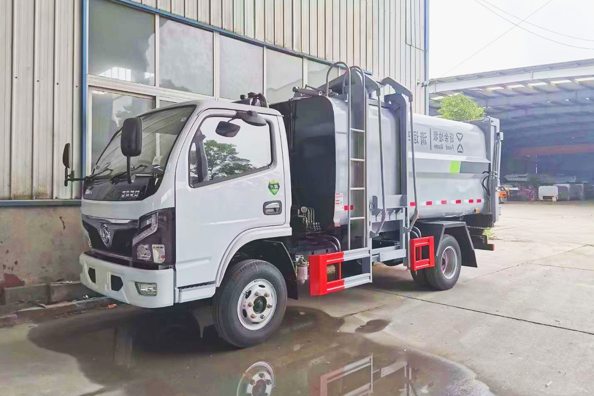 東風福瑞卡8方側裝壓縮垃圾車 7.5方餐廚垃圾車