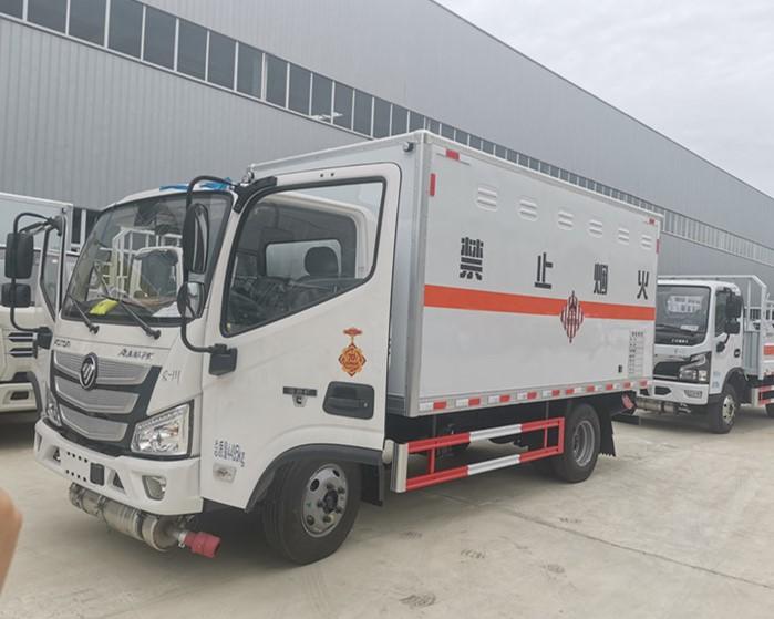 国六福田欧马可4米2易燃固体厢式运输车图片及配置图片
