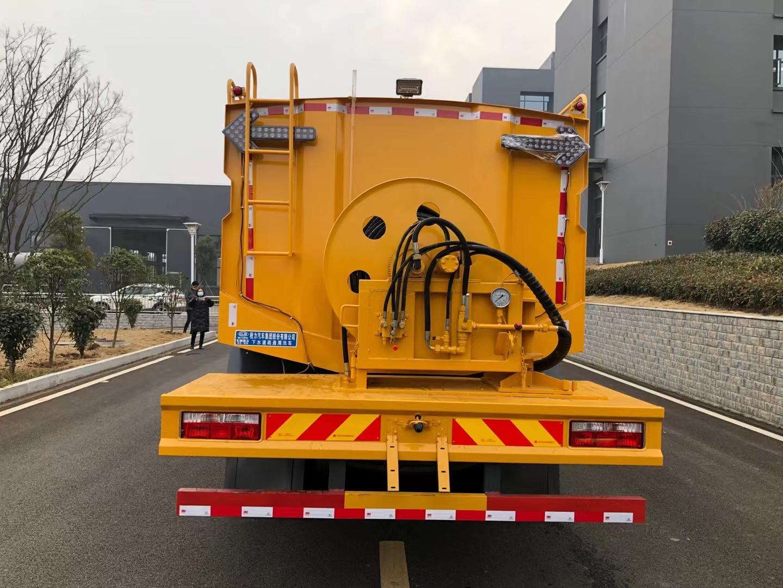 国六D9管道疏通车高压清洗车厂家价格多少钱图片