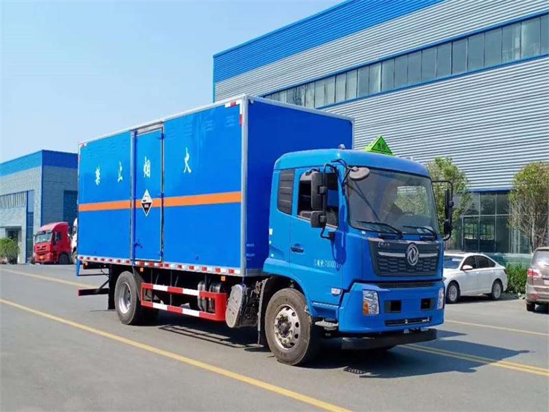 腐蚀性物品厢式车6.6米东风天锦销售厂家