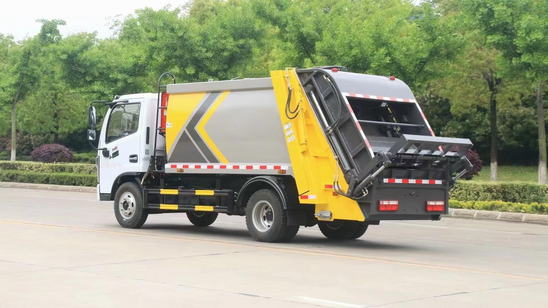 6方压缩垃圾车多少钱? 压缩垃圾车报价图片