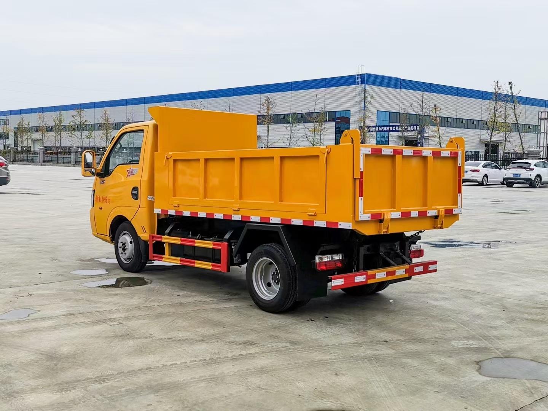 能进地下室的自卸垃圾车 城市蓝牌自卸车C证开图片