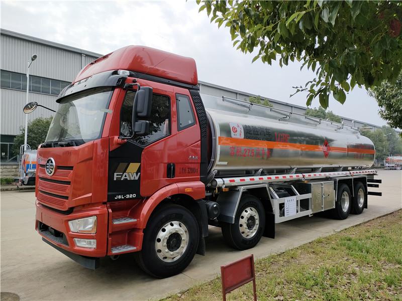 国六解放前四后八20吨原油罐式运输车 27.5方易燃液体罐式运输车厂家包上户 可分期