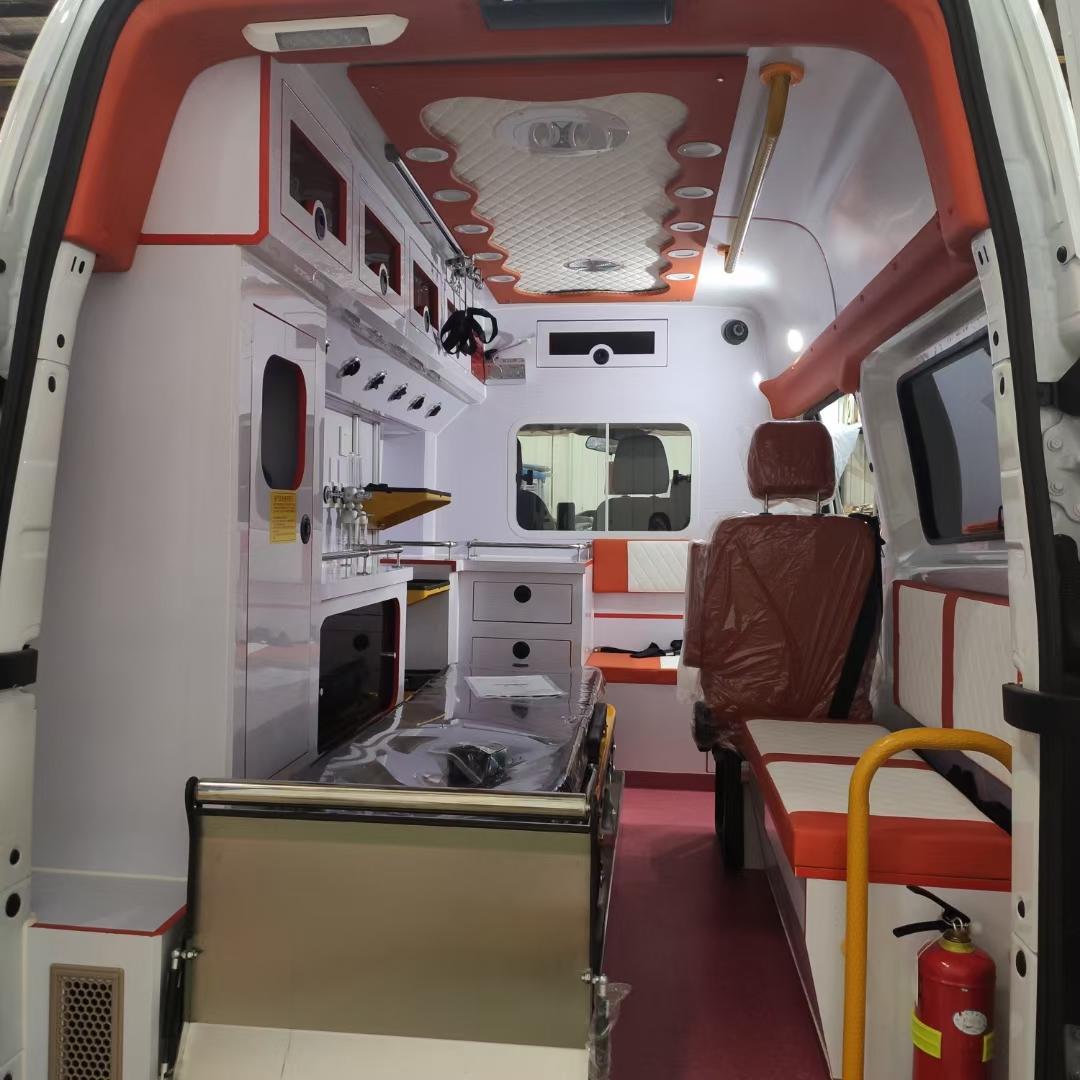 福特V362监护型救护车报价 V362救护车多少钱?图片