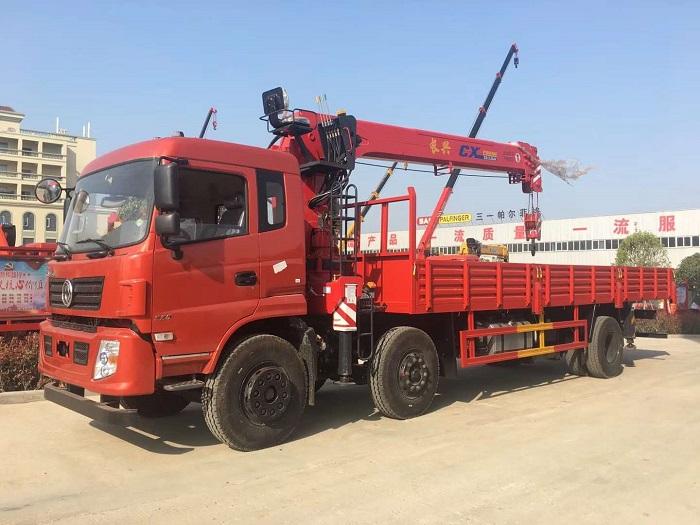 东风专底小三轴长兴12吨随车吊