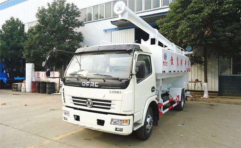 东风多利卡散装饲料运输车12吨散装饲料车图片