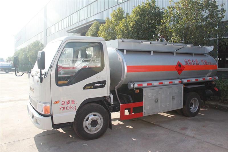 江淮5方流动加油车5吨加油车图片