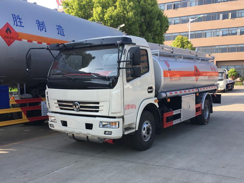东风多利卡8吨加油车8吨加油车图片