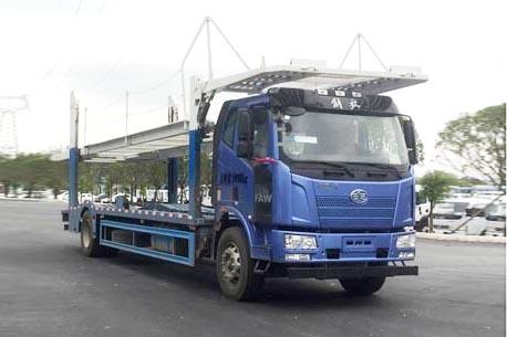 解放J6L单桥中置轴轿运车图片