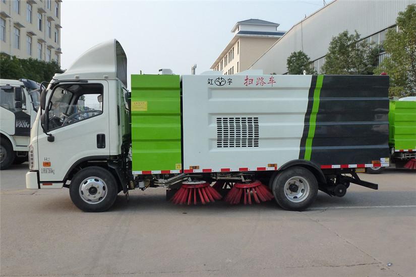 福田时代康瑞5吨扫路车图片