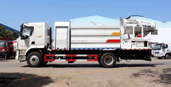 东风柳汽乘龙12吨抑尘车图片