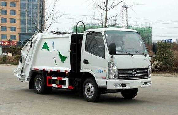凯马蓝牌4.5方压缩垃圾车解放压缩垃圾车图片