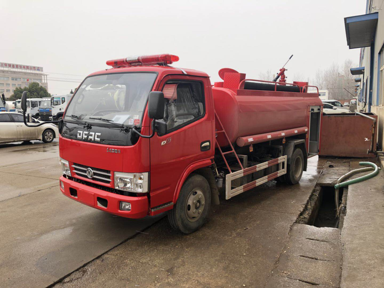 东风多利卡5吨消防洒水车5吨消防洒水车图片