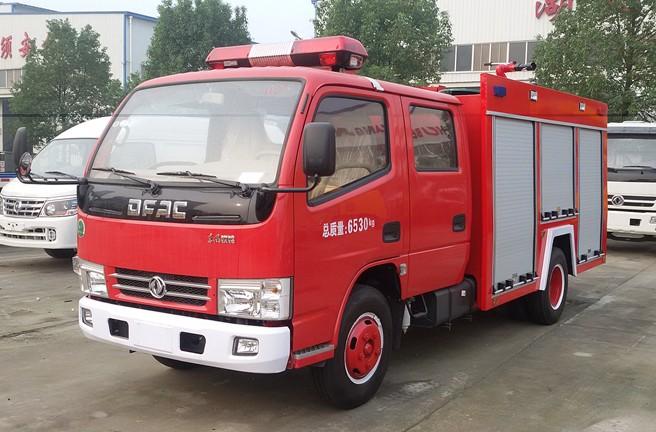东风多利卡2吨水罐消防车东风消防洒水车图片