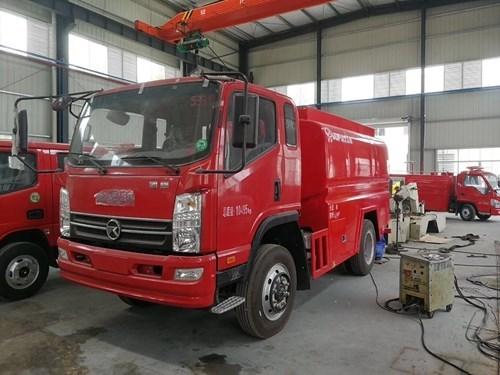 凯马5吨消防洒水车5吨消防洒水车图片
