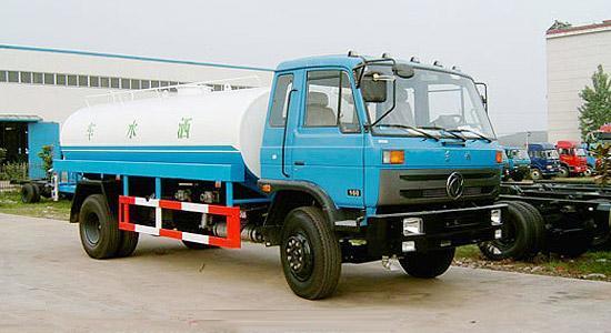 东风14吨145绿化洒水车15吨洒水车图片