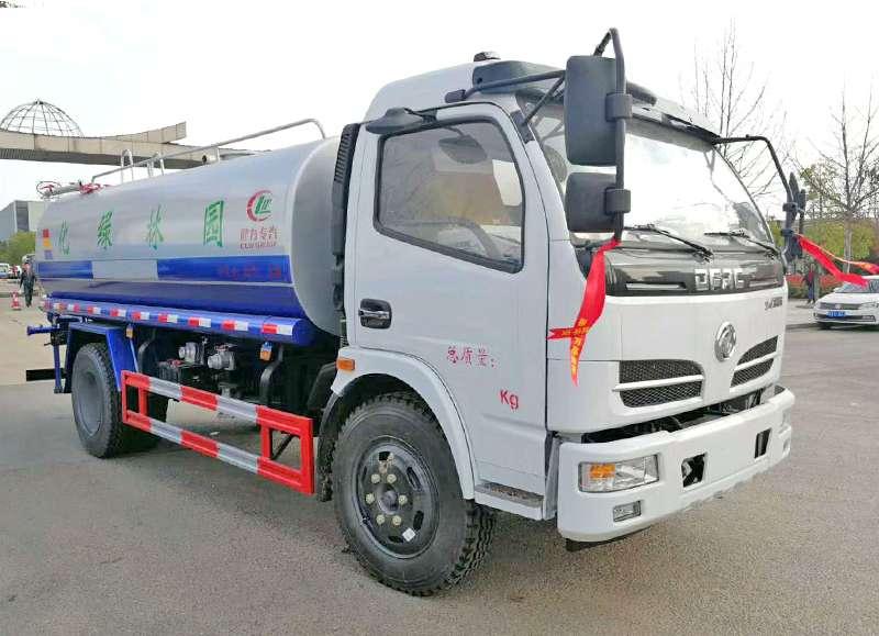 东风福瑞卡云内130马力8吨绿化洒水车8吨洒水车图片