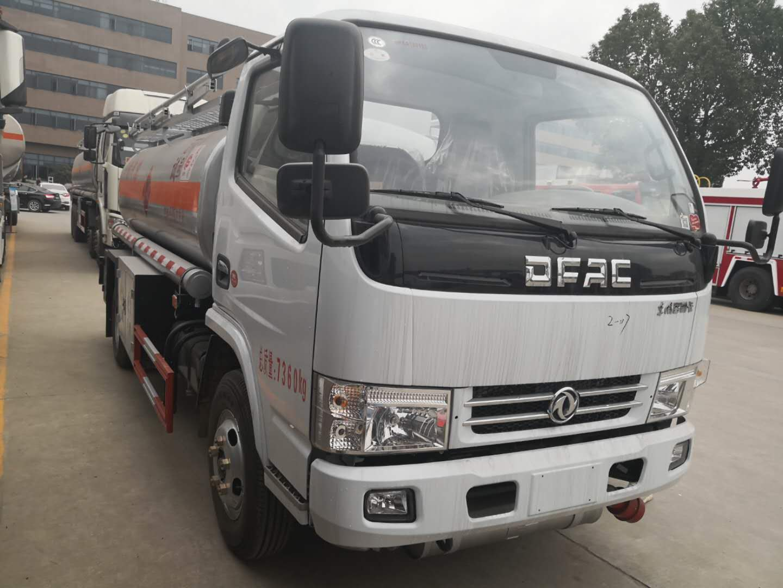 东风多利卡4吨-5吨加油车5吨加油车图片