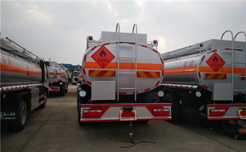 江淮骏铃7吨加油车图片