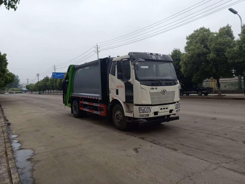国六解放14方压缩垃圾车图片