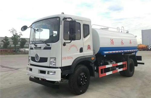 国五东风T312吨洒水车图片