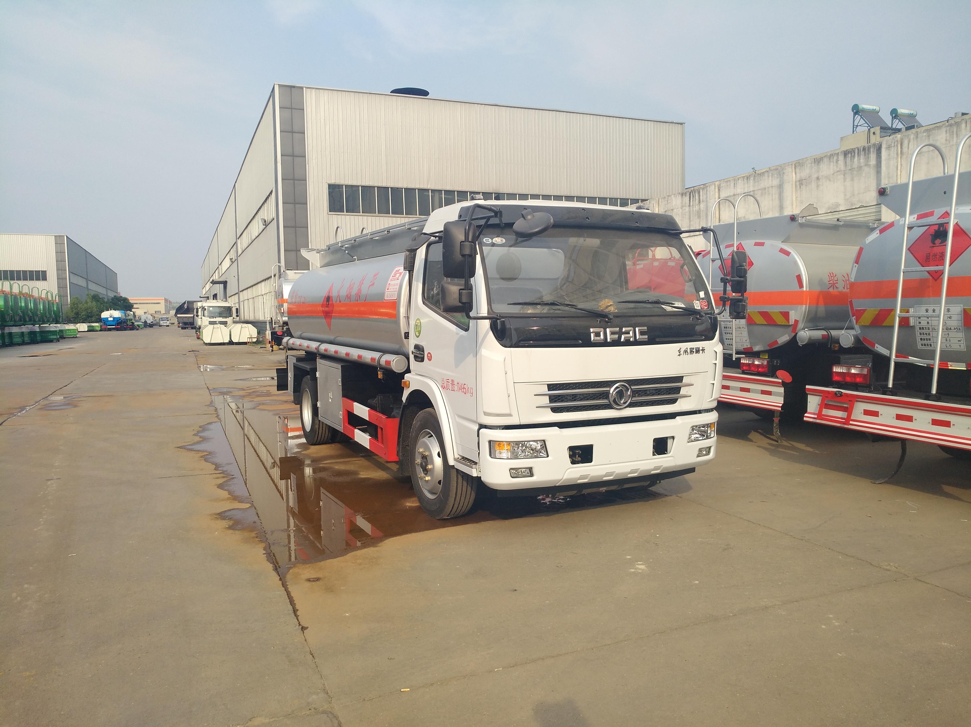 东风多利卡8吨油罐车东风油罐车图片