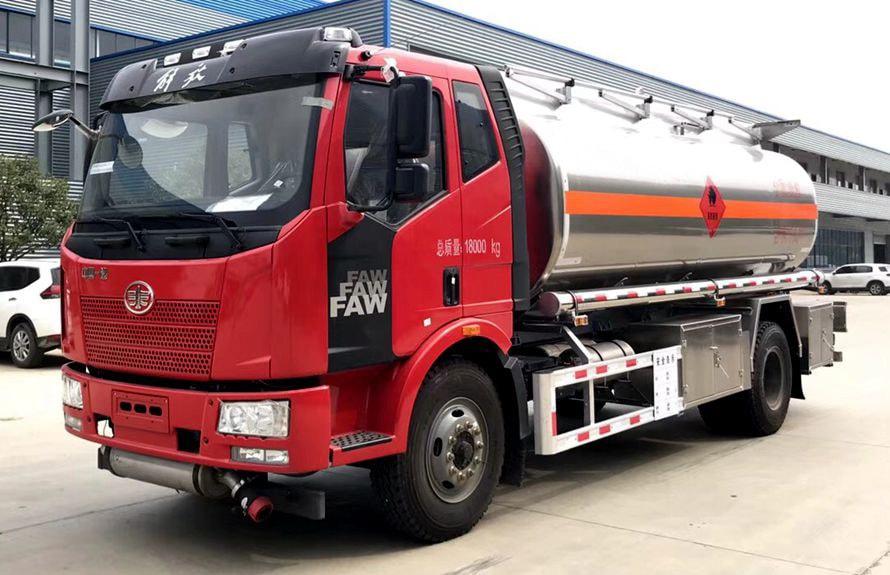 解放单桥12吨14吨油罐车解放油罐车图片