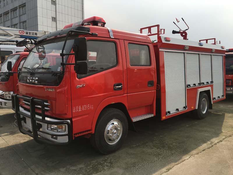 东风凯普特2.5吨水罐消防车水罐消防车图片