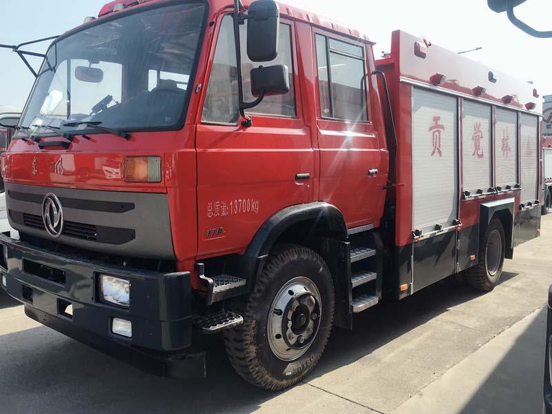 5吨东风145水罐消防车水罐消防车图片
