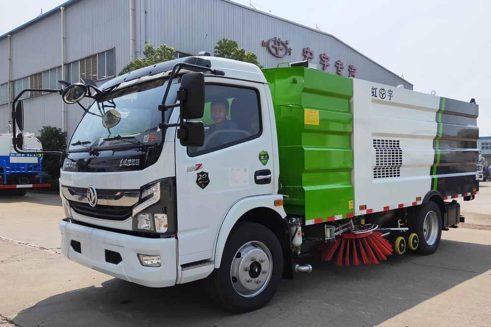 东风多利卡国六8方8吨洗扫车