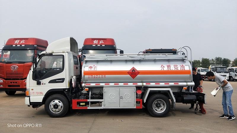5吨油罐车 江淮骏铃加油车 楚胜厂家直销图片参数  视频